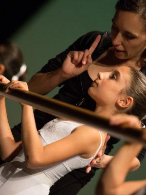 Danza Classica pre accademica per bambini e bambine dagli 8 ai 10 anni a Bologna